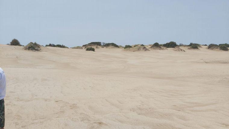 FOTO: Orlando Morales recorrió las dunas de Villa Gesell.