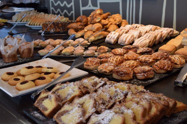 FOTO: Desayuno en el Hotel Amerian de Carlos Paz