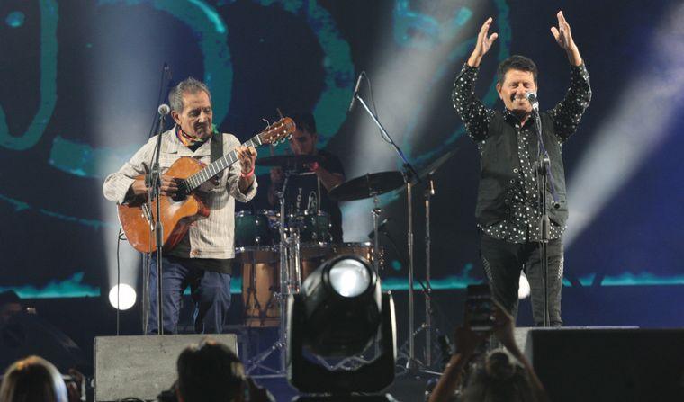 FOTO: Cuti y Roberto Carabajal, en la previa del Festival de Jesús María.