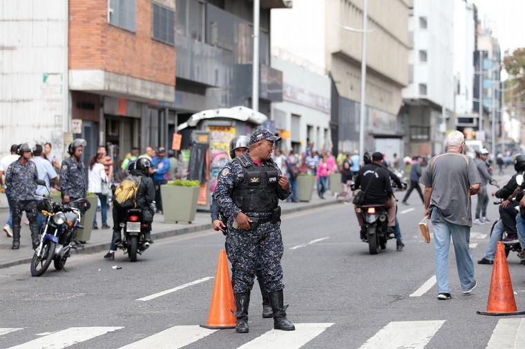 AUDIO: Dispararon a vehículos donde viajaban diputados de Guaidó