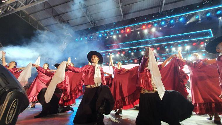 FOTO: Se disputó una nueva jornada del Campeonato Nacional e Internacional de Jineteada