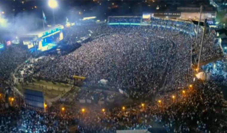 FOTO: La cumbia santafesina provocó una fiesta en el festival