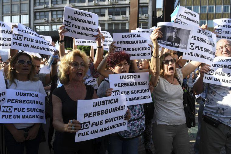 FOTO: Marcha por el aniversario de la muerte de Nisman en Buenos Aires.