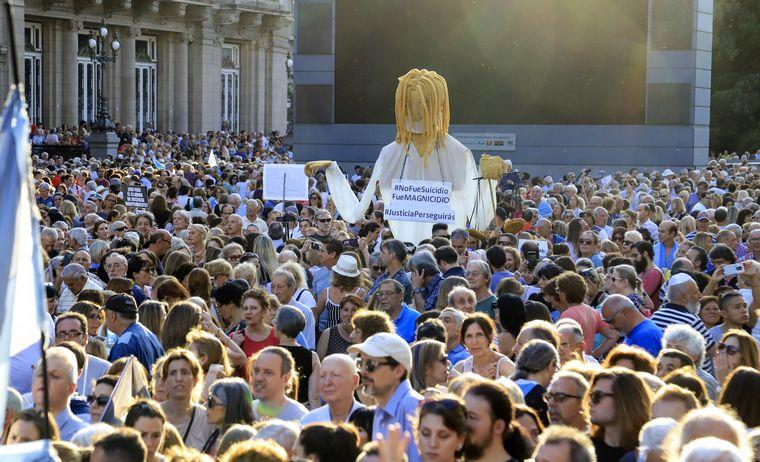 FOTO: Dirigentes opositores en el acto por NIsman.
