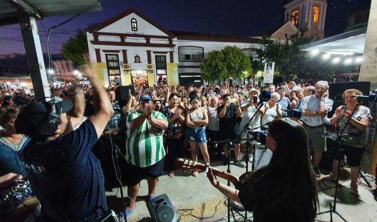 FOTO: Primera noche del Festival Nacional de Folclore en Cosquín.