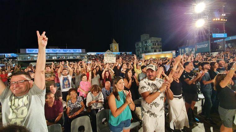 FOTO: Cosquín se rindió a los pies de Fito