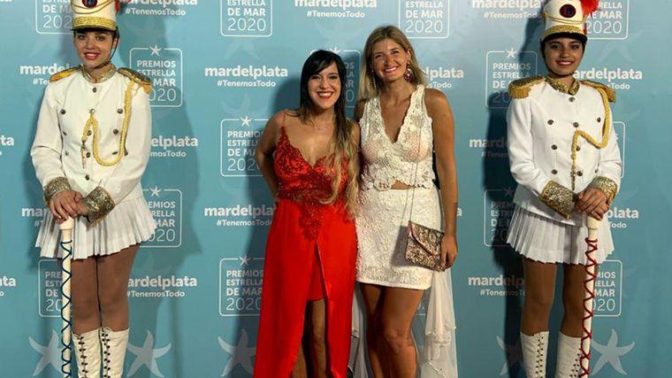 FOTO: Fátima Florez recibió su galardón