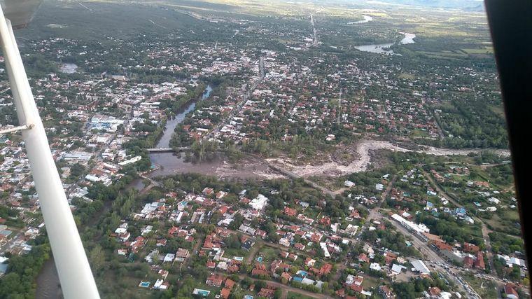 FOTO: Por la tormenta crecieron los ríos serranos
