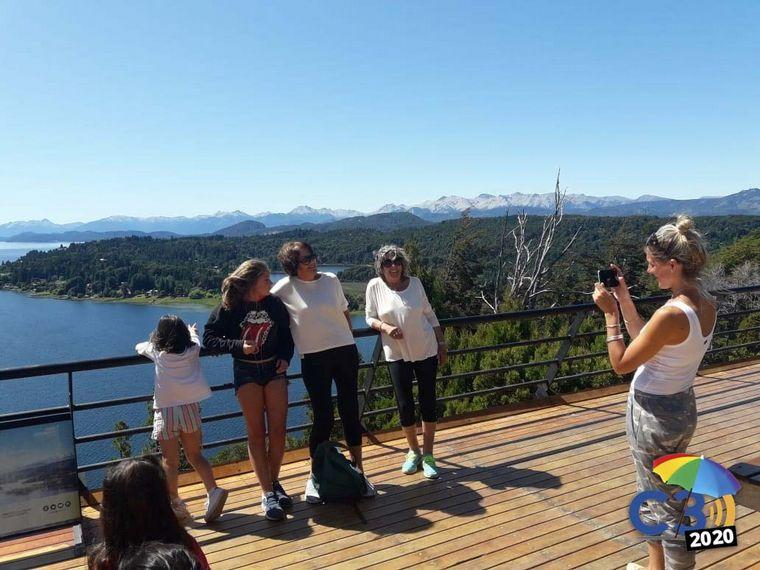 FOTO: Punto panorámico Circuito Chico en Bariloche.