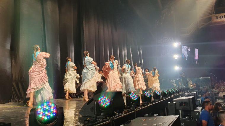 FOTO: El acto de las Reinas en el Festival de Peñas.