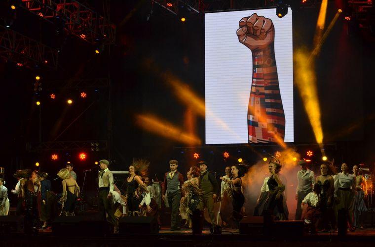 FOTO: Argentina, ballet en el Encuentro de Colectividades de Alta Gracia