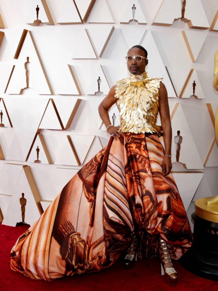 FOTO: Beanie Feldstein  en la alfombra roja de los Oscar 2020.