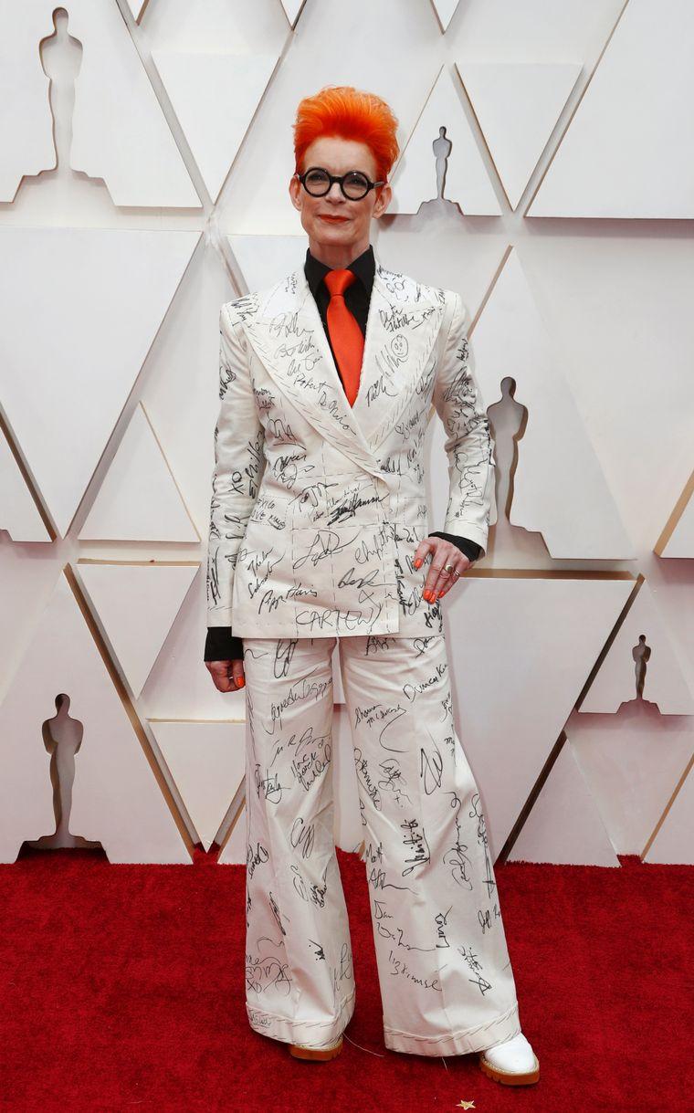 FOTO: Sandra Oh  en la alfombra roja de los Oscar 2020.