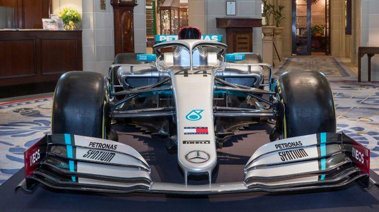 FOTO: El Mercedes F1 con su nueva publicidad para 2020