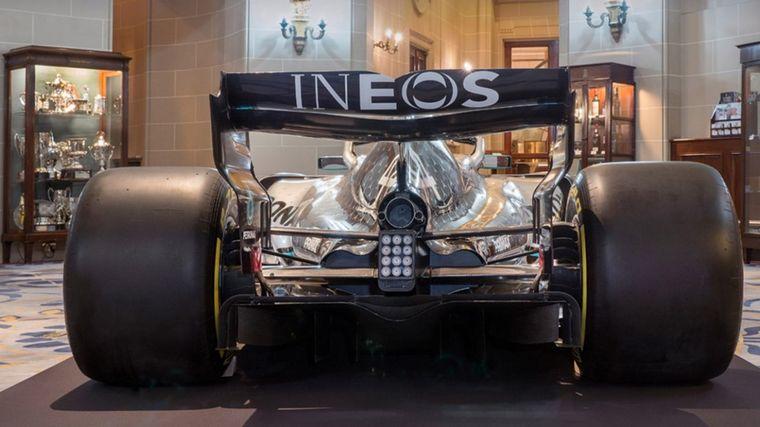 FOTO: Sin cambios importantes en la decoración los Mercedes van de plata y verde