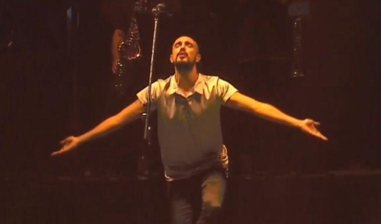 FOTO: Pintos cantó en la noche de este sábado. Foto de archivo