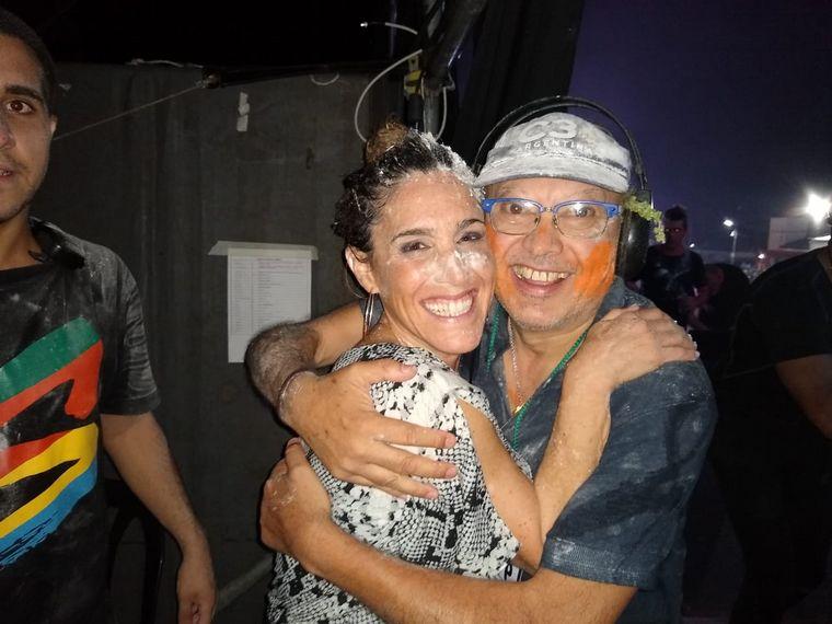 FOTO: Entre canto y cantó Soledad participó de la fiesta chayera.