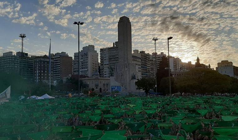 FOTO: Marcha por la despenalización del aborto en Rosario.
