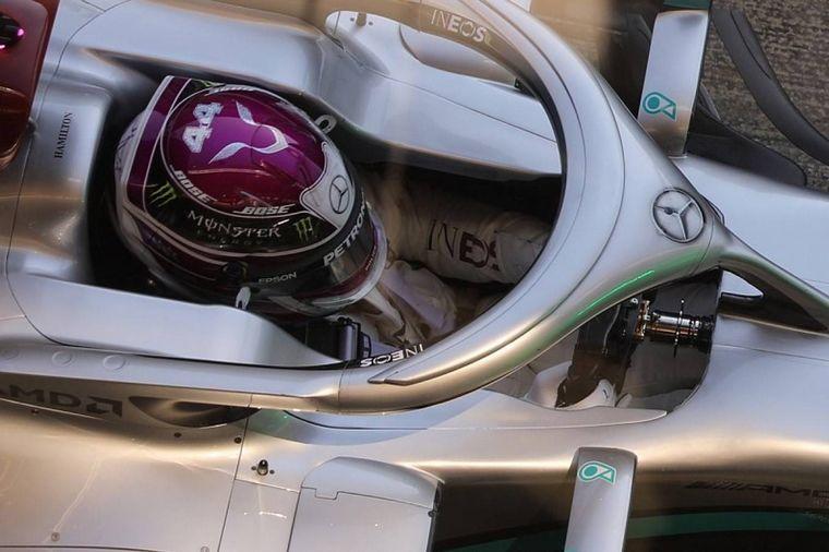 """FOTO: Hamilton: """"no hay problema de seguridad y la FIA está de acuerdo con el proyecto""""-"""