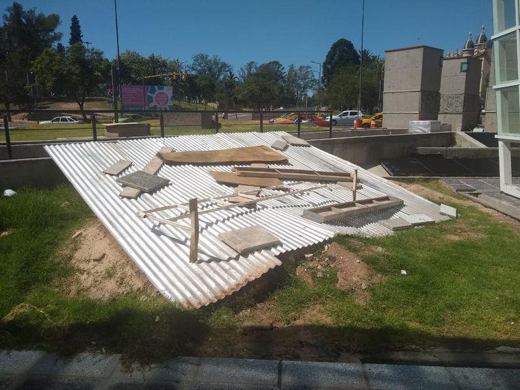 AUDIO: Suspenden obras en Plaza España por filtraciones (por Miguel Clariá)