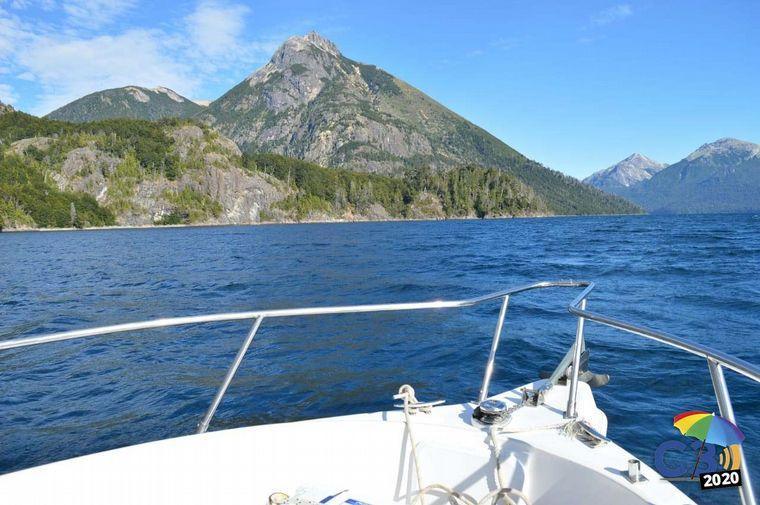 AUDIO: Exclusivo paseo en embarcación por el Nahuel Huapi (por Marcela Psonkevich)