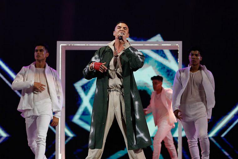 FOTO: Manu Manzo cantó La Mentira en Viña del Mar