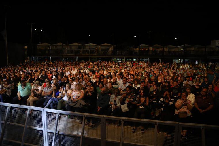 FOTO: La primera noche de la fiesta Opus Costanera en Río IV. Fotos: Staff de Gustavo Arce.