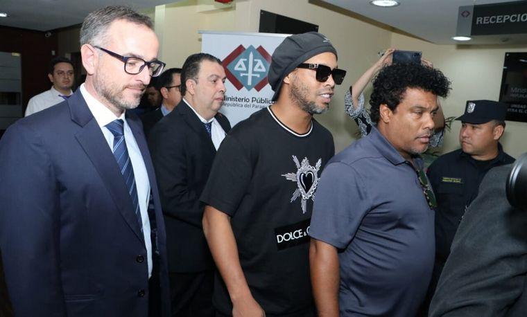 FOTO: La Justicia de Paraguay ordenó la liberación de Ronaldinho, que volverá a Brasil.