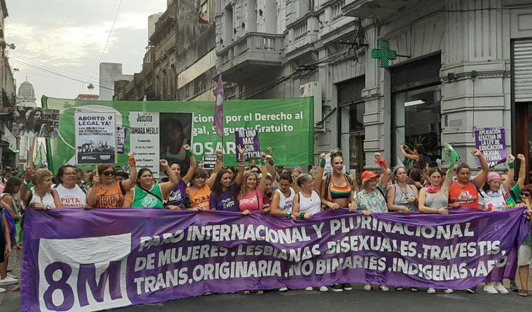 FOTO: Paro feminista en Buenos Aires por el 9M.