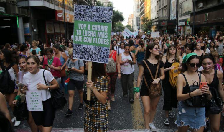 FOTO: 9M: En Córdoba marcharon desde Cañada hasta Yrigoyen por General Paz.