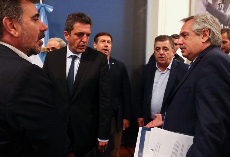 FOTO: El jefe de Estado se reunió con los legisladores de la oposición.