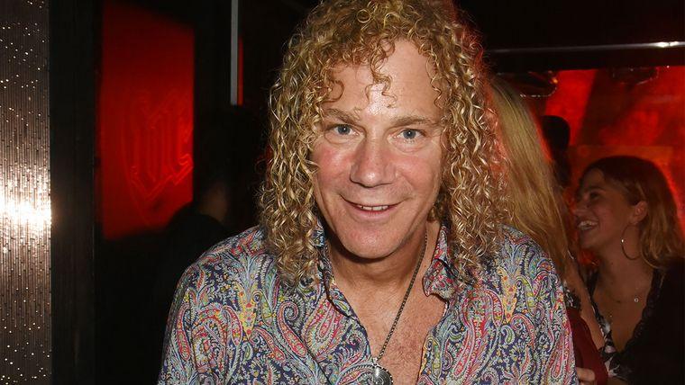 Tecladista de Bon Jovi dio positivo por coronavirus