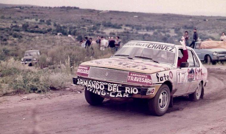 """FOTO: El Raies del Renault 12 en el """"Mundial"""" del '84."""