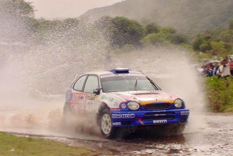 FOTO: Raies en Argentina dando lucha en Grupo N4 con Mitsubishi.