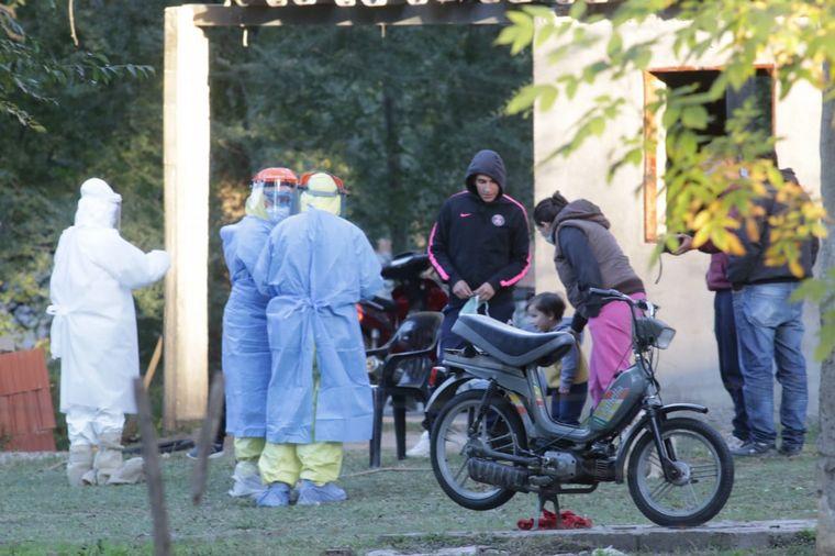 FOTO: Realizan hisopados en Icho Cruz