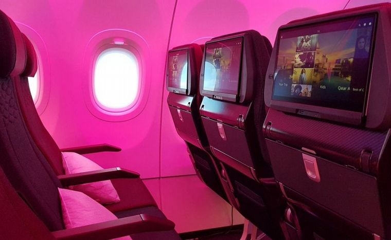 Una aerolínea premiará con 100 mil pasajes al personal de la salud
