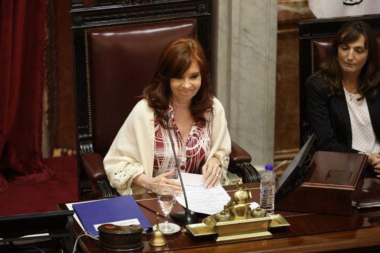 AUDIO: El Senado aprobó los 20 DNU del Gobierno (Por Mauricio Conti)