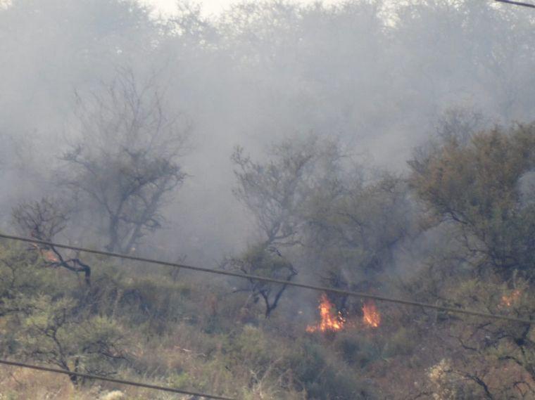 AUDIO: El fuego se extiende hacia la ciudad de Carlos Paz