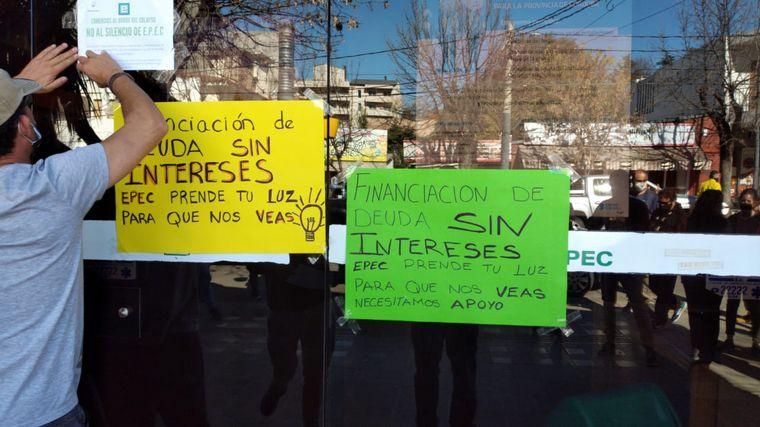 FOTO: Comerciantes de La Falda piden plazos a Epec para pagar el servicio.