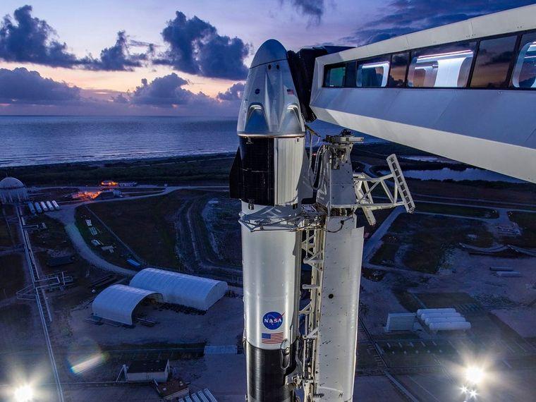 Con el exitoso lanzamiento del Crew Dragon, SpaceX de Elon Musk desafía todas las preconcepciones sobre los vuelos espaciales. ¿Será este el punto de inflexión de la ambición del empresario estadounidense? ¿reflejará esto en otros proyectos como por ejemplo Bitcoin?