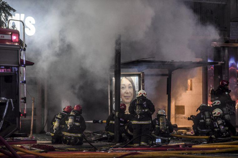 AUDIO: Dos bomberos murieron tras explosiones en Villa Crespo