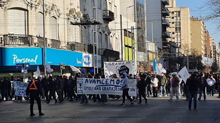 AUDIO: Aoita se movilizó por el centro de Córdoba en reclamo por los salarios