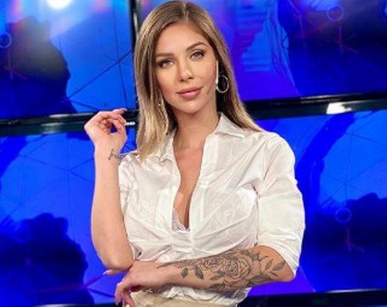 FOTO: Finalmente, romina Malaspina tendrá una cita con su admirador.