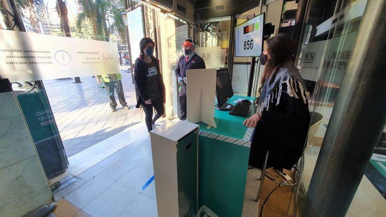 FOTO: Los shoppings de Córdoba volvieron a abrir sus puertas.