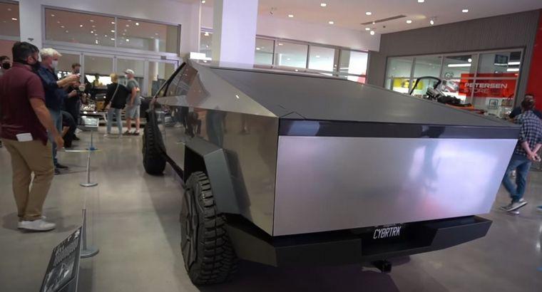 FOTO: Eno de los vehículos nuevos más esperados de todos los tiempos