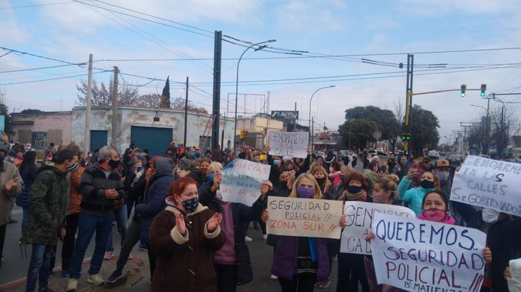 AUDIO: Marcha de vecinos de Ameghino ante la seguidilla de robos
