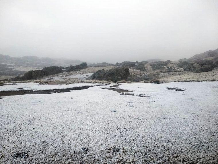 FOTO: Nieve en el Cerro Champaquí (Foto: Julio Acereto)