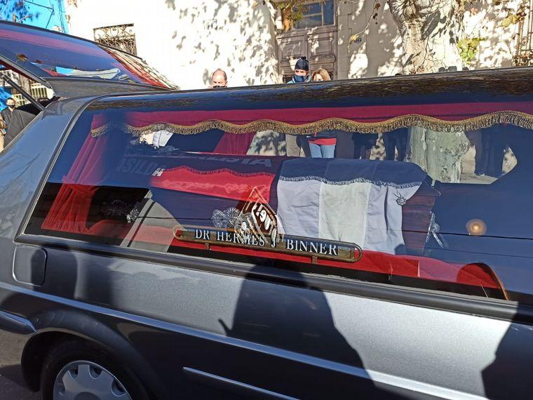 FOTO: Despiden los restos del ex gobernador Hermes Binner.