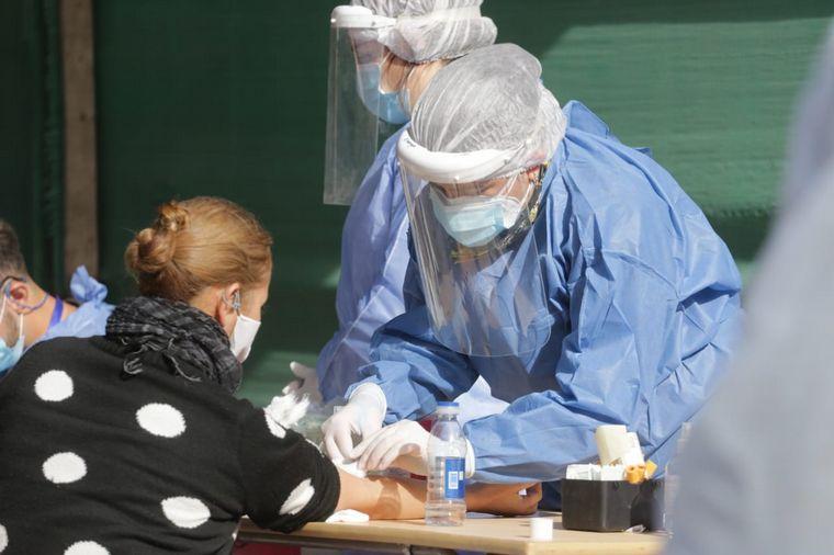 FOTO: El promedio de ocupación de plazas de cuidados intensivos es del 51,4% en el país.