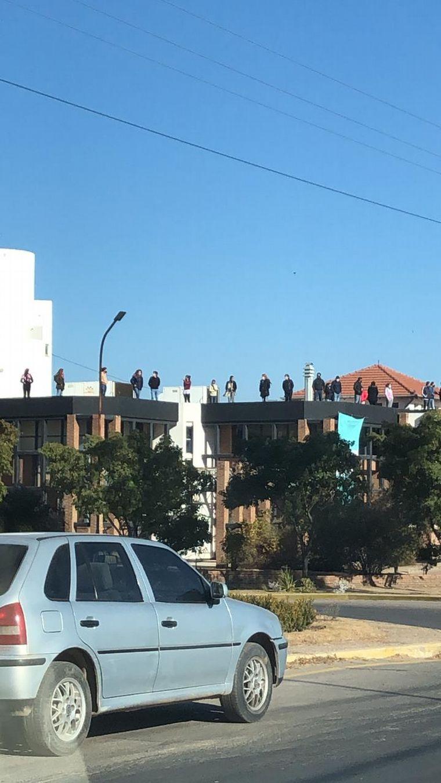AUDIO: Comerciantes de Villa Dolores se movilizan masivamente